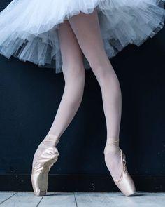 "9,523 Likes, 18 Comments - Master of Ballet Photography (@darianvolkova) on Instagram: ""❄️❄️❄️❄️❄️❄️"""