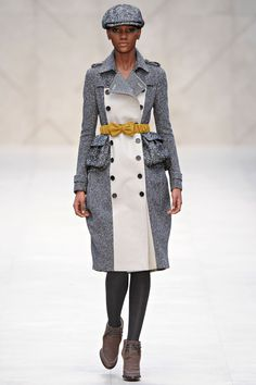 Burberry Prorsum Fall 2012 Ready-to-Wear Fashion Show Collection Chanel Style Jacket, Country Casual, Burberry Prorsum, Fashion Essentials, Fashion Company, Winter Wardrobe, Ready To Wear, Fashion Show, Autumn Fashion