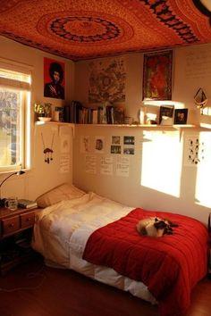 99 Impressive Bohemian Bedroom Tapestry Decoration Ideas - - home - . 99 Impressive Bohemian Bedroom Tapestry Decoration Ideas – – home – Bedroom Apartment, Home Bedroom, 70s Bedroom, Bedroom Black, Room Ideas Bedroom, Bedroom Decor, Bed Room, Dorm Room, Room Tapestry