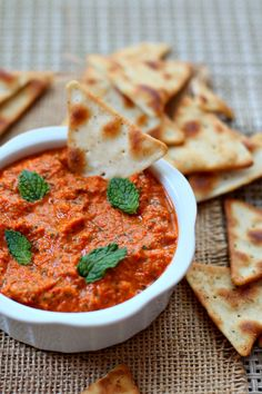 Roasted Red Pepper Dip with Mint #dip #roastedredpepper #vegan #cumin #mint #party
