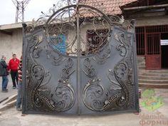 Gate Design, Blacksmithing, Home Decor, Ranch, Balcony, Blacksmith Shop, Decoration Home, Room Decor, Home Interior Design
