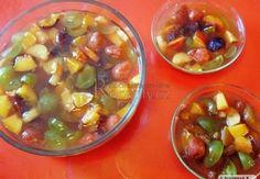 Ovocný salát Fruit Salad, Food, Fruit Salads, Essen, Meals, Yemek, Eten