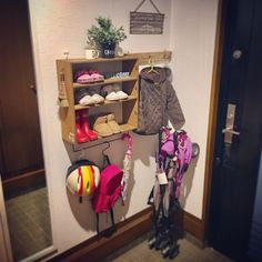 ☆子どものものは見せて収納!簡単DIYで狭い玄関もスッキリ☆