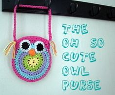 crochet owl purse  free pattern  http://www.bigcraftyblog.blogspot.com/2012/02/free-crochet-owl-purse-pattern.html