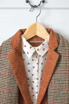 Fall colors (Monorpix shirt + Uniqlo blazer and vintage plaid scarf)