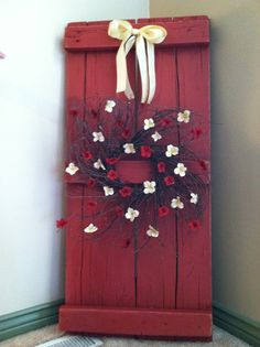 A decoration I made out of old barn wood! You could use pallets. Primitive Crafts, Primitive Christmas, Christmas Crafts, Christmas Decorations, Pallet Decorations, Decor Ideas, Primitive Country, Wood Ideas, Fun Ideas