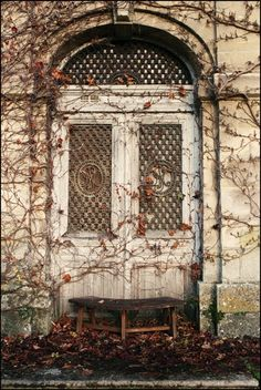 forlorn doorway to a life forgotten