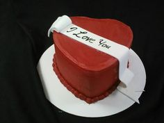 Here at Little London Cake Shoppe we Love Love!
