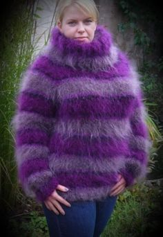 Breast smother me tightly to your fuzzy breasts Mohair Sweater, Men Sweater, Gros Pull Mohair, Turtleneck Outfit, Fur Coat, Turtle Neck, Wool, Knitting, Crochet