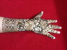 @naazi_henna Instagram  #instagrammehndi #mehndi  #mehnditattoo  #mehndidesigns  #hennadesigns Mehndi Design Pictures, Mehndi Designs, Henna Mehndi, Hand Henna, Picture Design, Hand Tattoos, Ali, Ant, Arm Tattoos