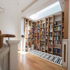 Beginning our series of #Monday evening themes, first up libraries. This double height light well library features in the Library in Fernery house. The upper shelves are accessed via 'drawbridge' balustrade with Perspex floor. #libraries #architecture #instaarchitecture #luigirosselli #luigirosselliarchitects (with thanks to @eggfoto for creating the video)