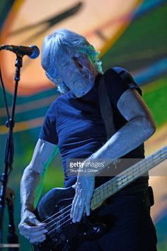 Roger Waters performs at KFC YUM! Center on May 28, 2017 in Louisville, Kentucky.