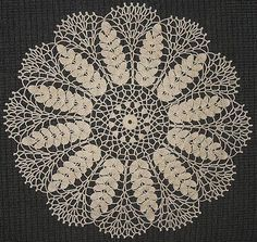 Free crochet patterns for doilies and hundreds of other patterns at Craftown. This pattern is for a lovely lace wheat doily. Bag Crochet, Crochet Dollies, Crochet Home, Thread Crochet, Crochet Crafts, Crochet Quilt, Crochet Granny, Free Crochet Doily Patterns, Crochet Motifs