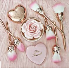Limited Edition Brush Set 6 Brush Set Rose Gold Stem Pink Brush Tip