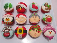 Very cute Christmas cupcakes!!!
