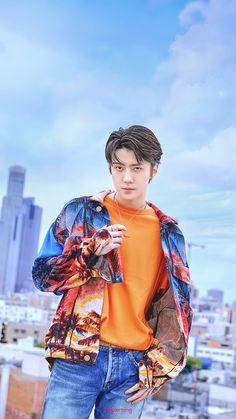 oh sehun exo Chanyeol Baekhyun, Exo Kai, Park Chanyeol, Foto Sehun Exo, Chen, Kpop Wallpaper, Sehun Cute, Exo Album, Exo Lockscreen