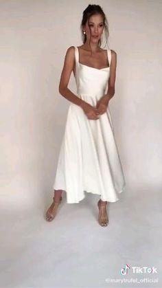 Elegant White Dress, Classy Dress, Elegant Dresses, Pretty Dresses, Beautiful Dresses, Simple White Dress, White Dress Summer, Little White Dresses, Outfit Summer