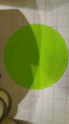 Pyöreä kylpyhuone matto