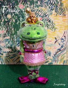 Freida the Frog by JingleNog