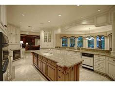9912 Lake Louise Dr, Windermere, Lake - Chain of Lakes, Luxury Home For Sale Crisp Kitchen, Huge Kitchen, Sarasota Real Estate, Ranch Homes For Sale, Mega Mansions, Waterfront Homes, Luxury Kitchens, Beautiful Kitchens, Luxury Real Estate