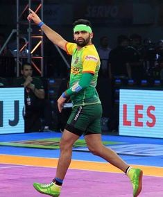 Image may contain: 2 people Tarun Kumar, Pro Kabaddi League, Indian Army Quotes, Dhoni Wallpapers, Actor Photo, My Hero, Actors, Photo And Video, Raiders