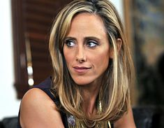 Kim Raver as Nico Reilly. I loved to see what she was wearing.