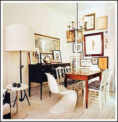 my friend and former co worker Elizabeth Blitzer's wonderful nyc apartment that was published in domino a few years back..love her style.