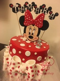 Minnie Mouse ❤ - cake by Maaly - CakesDecor Mini Mouse Birthday Cake, Mini Mouse Cake, Minnie Mouse Birthday Decorations, Mickey Mouse Clubhouse Birthday, Mickey Birthday, Birthday Cake Girls, Mickey And Minnie Cake, Bolo Minnie, Minnie Mouse Cake Design