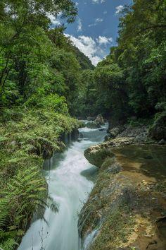 Río Cahabón en Semúc Champey, Alta Verapaz,Guatemala
