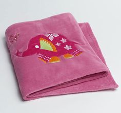 Peacock Princess Fleece Blanket in pink with elephant detailing Kids Bed Linen, Embroidered Towels, Quilt Cover Sets, Baby Accessories, Hand Towels, Linen Bedding, Peacock, Textiles, Quilts