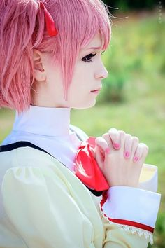 Puella Magi Madoka Magica cosplay Okay, this is only PERFECT