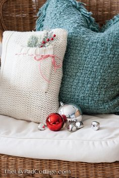 Holiday Sweater Pillow DIY - The Lilypad Cottage
