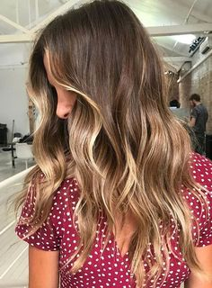 Apply Hottest Hair Color to Get Inspiration Look for This Winter Season