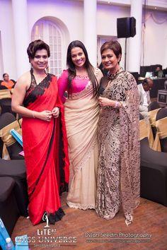Sri Lankan Fashion Saree Jewellery, Beautiful Women Over 40, Elegant Saree, Sari Blouse, Traditional Sarees, Saree Styles, Royal Fashion, Indian Sarees, Indian Wear