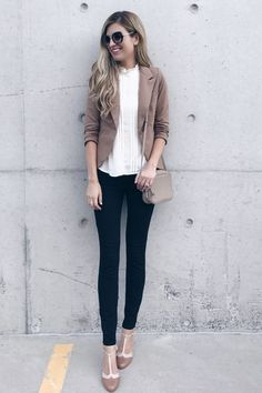 Check this out!!! CUTE FALL work outfit