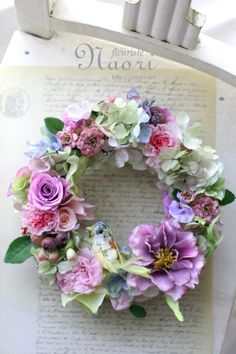 Lease Pink Purple Rose Bird and collage Wreath Crafts, Diy Wreath, Dried Flowers, Paper Flowers, Corona Floral, Vintage Wreath, Wedding Reception Flowers, Deco Floral, Summer Wreath