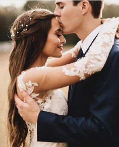Just married! O amor é tão lindo.. ❤️. . Rg @rodolfomcartney Ph @noellejohnsun http://gelinshop.com/ipost/1523656486449764542/?code=BUlHYByjti-