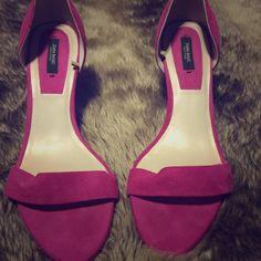 Zara Heels! Magenta Zara heels. Worn twice.Fits size 8.5. Zara Shoes Heels