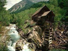 Cabana abandonada no Colorado, Estados Unidos...Achei linda a imagem :)