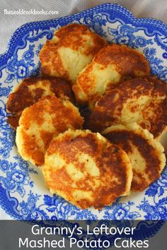 Five ingredients is all it takes to make Granny& Leftover Mashed Potato Cakes. Using a base of your favorite leftover real mashed potatoes. you can easily make this economical side dish that the whole family will love. Mashed Potato Cakes Leftover, Fried Mashed Potatoes, Leftover Mashed Potatoes, Mashed Potato Recipes, Recipe For Potato Cakes, Fried Potato Cakes, Baked Potatoes, Mashed Potato Cookies Recipe, Potatoe Patties Recipe