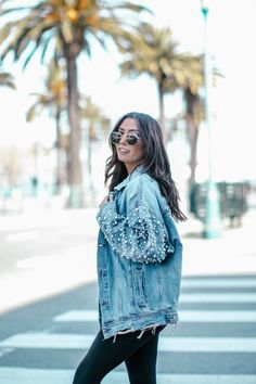 Are you searching for ways you can look more fashionable? This article is filled with information to help you look gre Stylish Outfits, Cute Outfits, Denim Fashion, Womens Fashion, Fashion Boots, Denim Skirt Outfits, Iranian Women Fashion, Spring Summer Fashion, Ideias Fashion