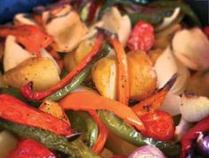 Roasted Vegatables easy to do in the Halogen Cooker Halogen Oven Recipes, Convection Oven Recipes, Nuwave Oven Recipes, Healthy Cooking, Healthy Eating, Air Frying, Roasted Vegetables, Air Fryer Recipes, Cherry Tomatoes