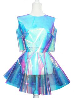 Chain Candy Collection of Fall 2017 Handmade in New York City Holographic set of a cropped top and circle skirt Ships in 5 business days Rave Outfits, Skirt Outfits, Summer Outfits, Fashion Outfits, Ladies Fashion, Women's Fashion, Holographic Crop Top, Holographic Fashion, Vetement Fashion