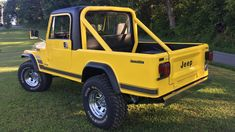 Auction Lot Louisville, KY Yellow with Black interior. New bumpers and exterior trim. New Scrambler striping 1997 Jeep Wrangler, Jeep Scrambler, Exterior Trim, Chrome Wheels, Lift Kits, Jeep Truck, Manual Transmission, Jeeps, Monster Trucks