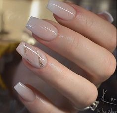 54 Beautiful and romantic nail art design ideas - mix-matched neutral nails, nud. - 54 Beautiful and romantic nail art design ideas – mix-matched neutral nails, nude nails ,nail acr - Gorgeous Nails, Pretty Nails, Cute Nails, Cute Simple Nails, Perfect Nails, Coffin Nails Designs Summer, Acrylic Nails For Summer Coffin, Acrylic Nails Designs Short, Short Nails Acrylic