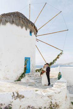 Destination Wedding at the Iconic Windmills of Mykonos - Chic Vintage Brides Santorini Wedding, Greece Wedding, Beach Wedding Locations, Destination Weddings, Beach Wedding Inspiration, Wedding Ideas, Greece Destinations, Chic Vintage Brides, Romantic Images