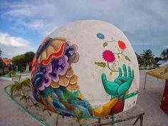 Beautiful urban art by Curiot | #greatstreetart #besturbanartists #streetartist #graffitiartists