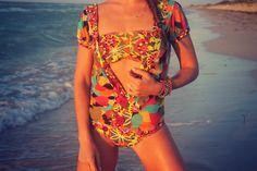 New outfit post on the blog ruechicroyale.com check my swimwear look from Agua Bendita Colombian brand. #summer #bikini #fashion