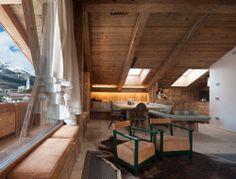 ambiente interno - http://www.vimar.it/it/it/un-gioiello-domotico-nel-cuore-delle-dolomiti-10226172.html