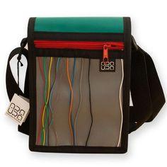 """Bolso Bandolera Araura realizado a mano y en materiales reciclados """"Cables Colours"""" / Araura recycled and handmade bag bandolera """"Cables Colours"""" (Pieza única / Unique piece) -- Precio/Price: 42,00 €"""